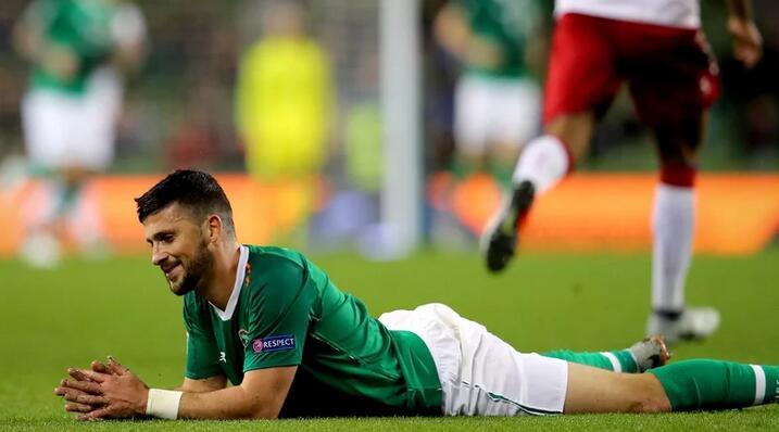 在赞助商m88明升的活动上爱尔兰国际队队长向媒体宣布沙恩缺席2020欧洲杯