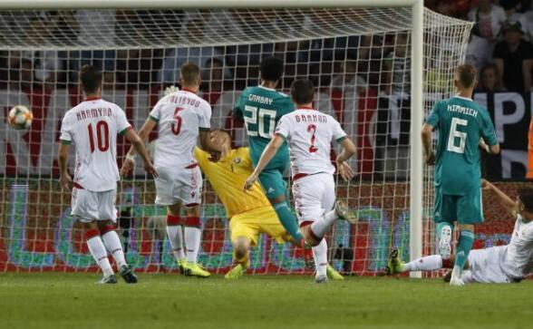 德国队在2020年欧洲杯预选赛中2:0战胜白俄罗斯