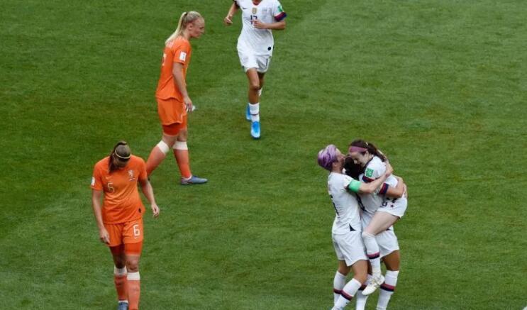 美国队成功卫冕,世界女足足坛被美国队统治