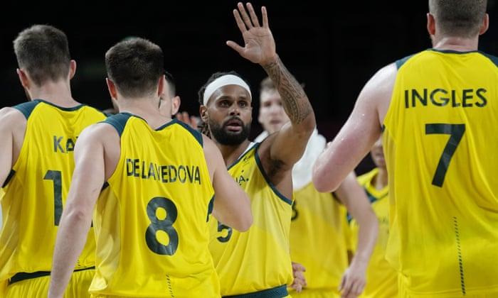 australia basketball team tokyo